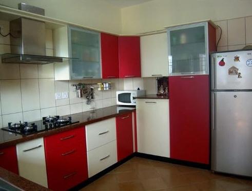 cozinha grande vermelha