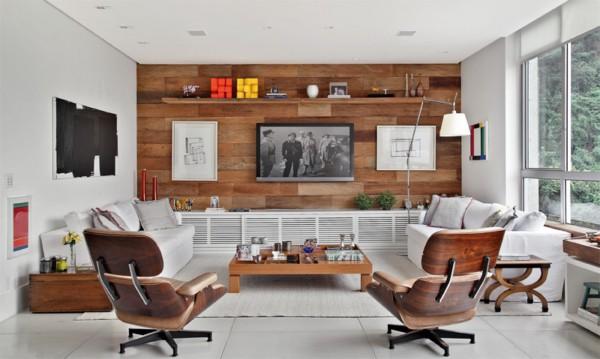Sala moderna decorada com parede de pallet