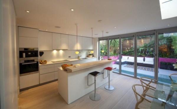 porta para cozinha com esquadria dee alumínio