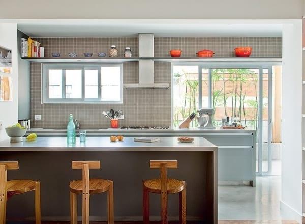 Porta de vidro externa para cozinha