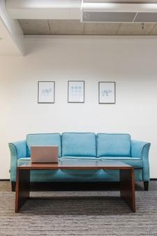 Sofá para escritório com 3 lugares