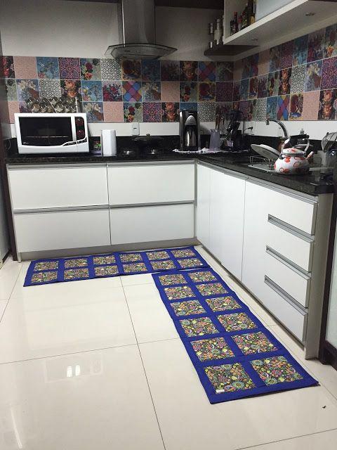 cozinha com passadeira