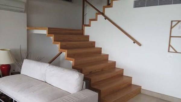 escada de peroba