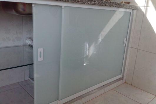 porta de vidro para armário