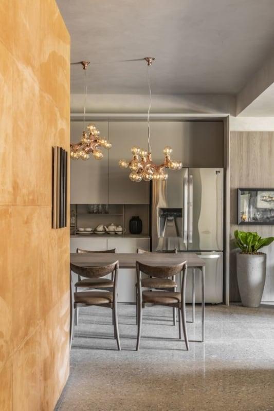 cozinha moderna com piso claro