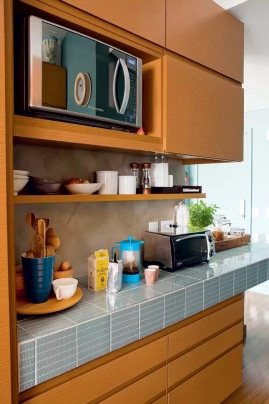 balcão de cozinha com azulejo