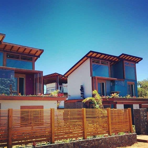 fachada casa moderna com cerca