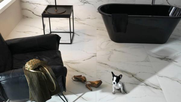 Porcelanato marmorizado no piso