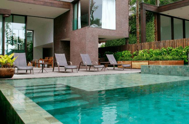 piscina de pedra Hijau