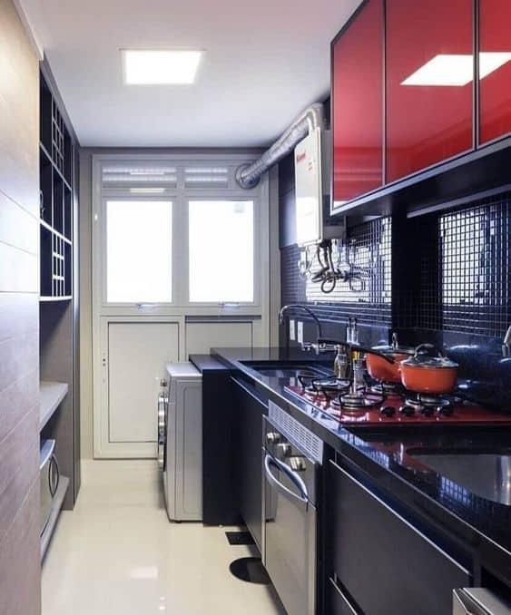 cozinha moderna com cooktop vermelho