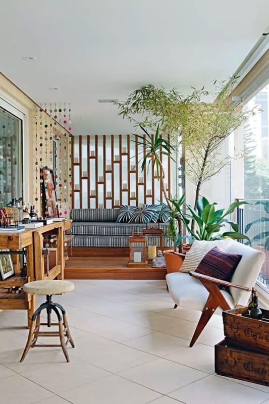 bambu mossô decorando a sacada
