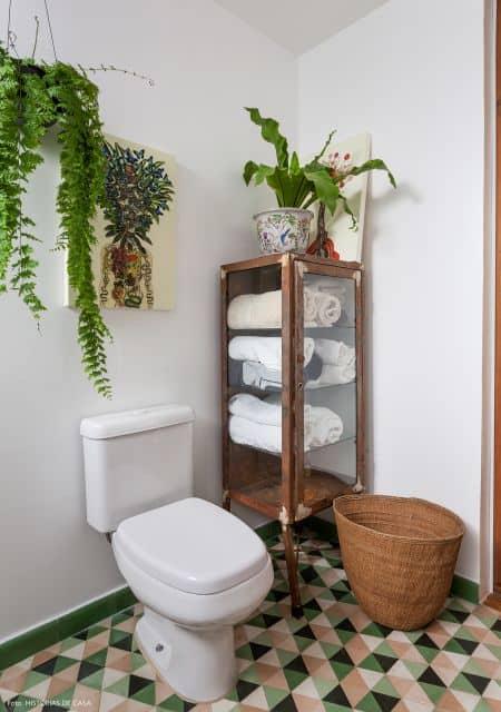 banheiro retrô decorado