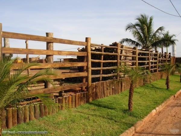 cerca rústica para fazenda
