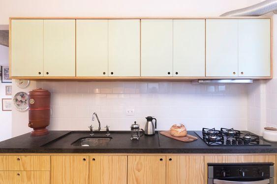 cozinha simples com cooktop