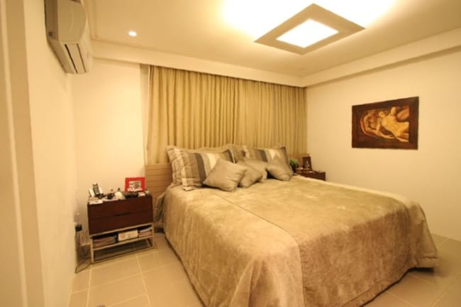 quarto com piso cerâmico