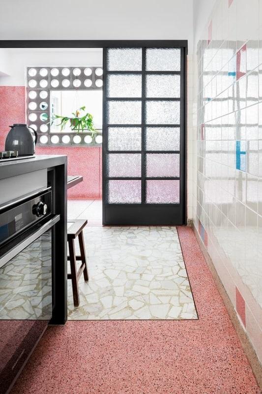 piso cozinha retrô