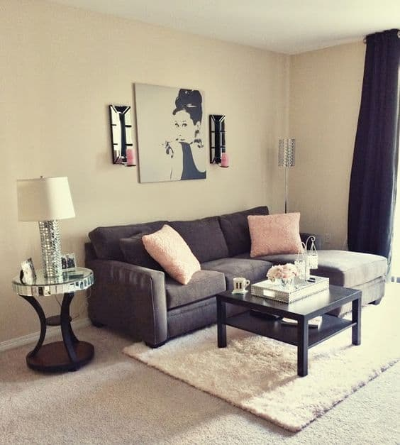 Decoração alternativa de sala com cor pérola