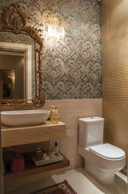 Lavabo decorado com bancada de mármore travertino romano bruto