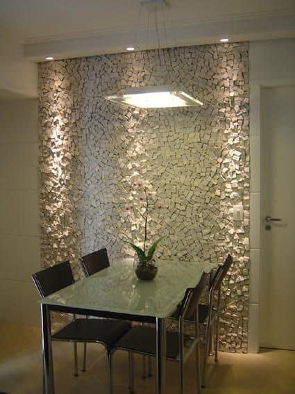 Pedra portuguesa na sala de jantar pequena