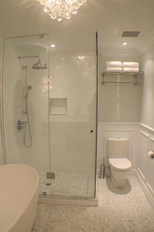 Plafon de cristal para banheiro branco