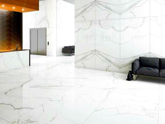 Porcelanato branco marmorizado