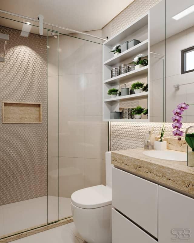 Projeto de banheiro branco e bege com bancada de travertino