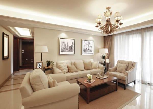 Sala de estar decorada com tom pérola