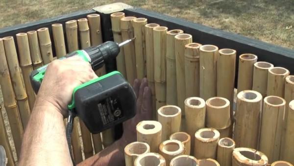 cerca de bambu parafusado