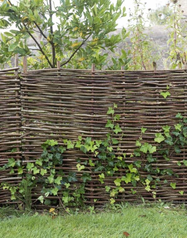 cerca de bambu trançado