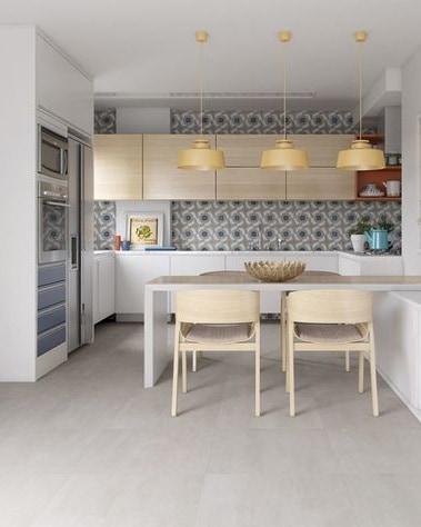 cozinha com porcelanato polido