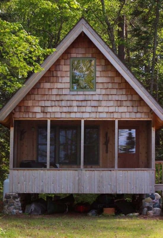 mini casa de madeira rustica