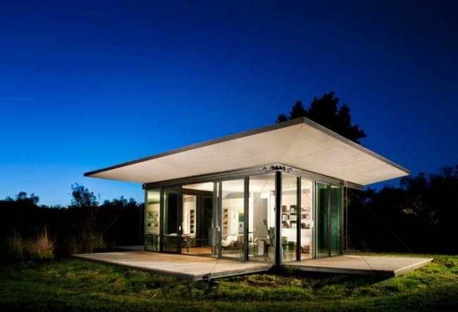mini casa moderna iluminada