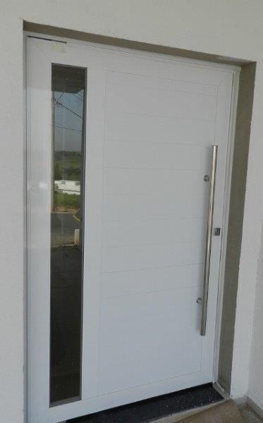 porta de alumínio para sala grande