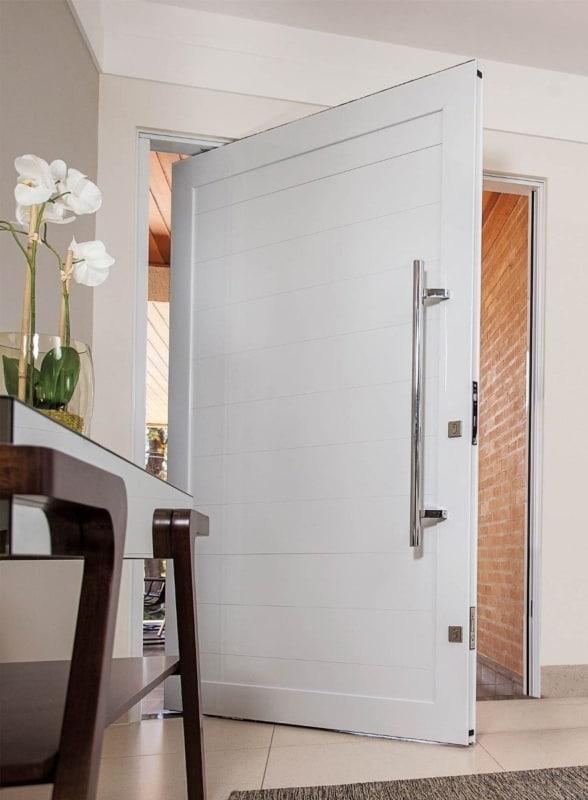 porta pivotante de alumínio