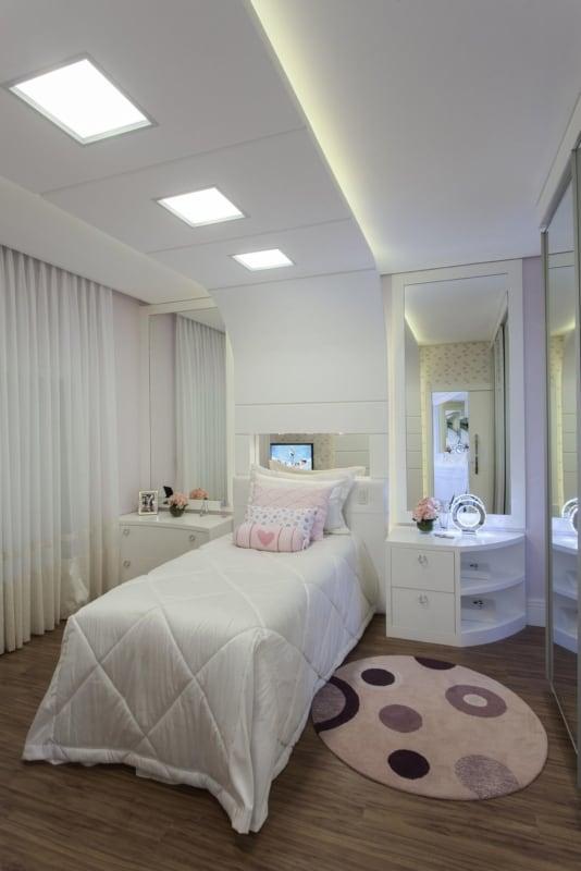 quarto pequeno e clean