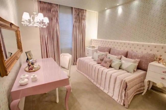 quarto rosa romântico