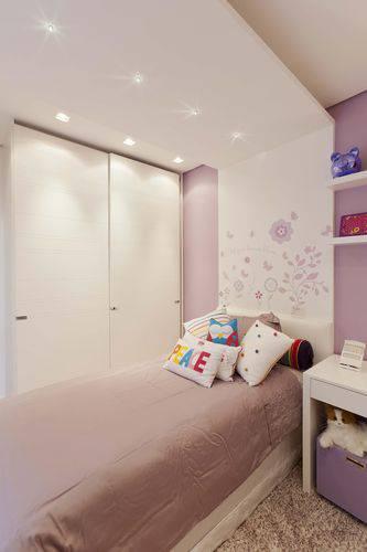 quarto planejado lilás