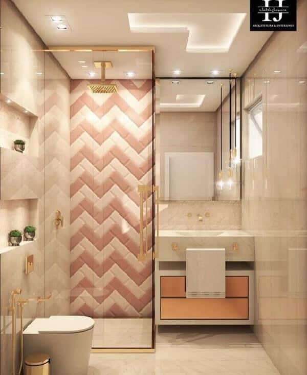 Cerâmica no box do banheiro