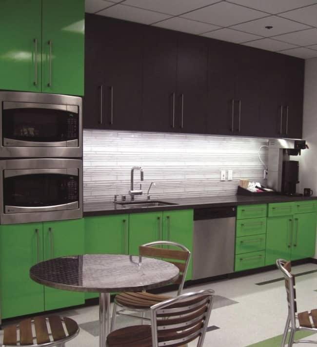 Cozinha verde e preto