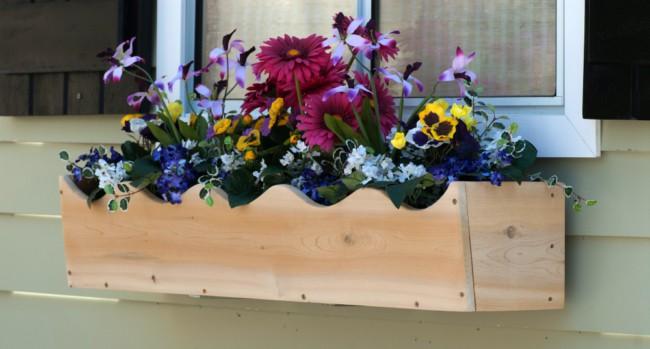 Floreira lindinha para decorar a janela