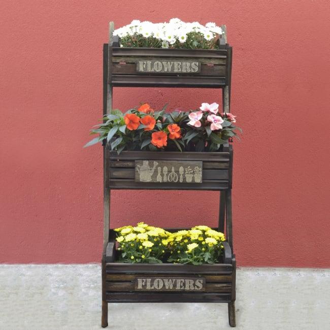 Floreira personalizada de madeira tipo escada
