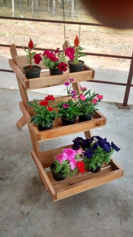 Ideia de floreira de madeira