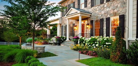 Jardim na entrada de casa