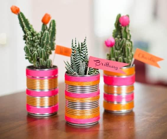 Lembrancinhas em latas decoradas