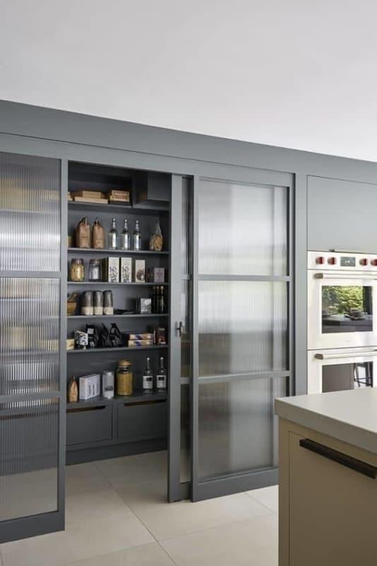 Modelo de despensa de cozinha moderna