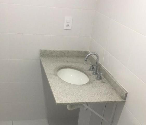 Pequena Pia de granito para banheiro