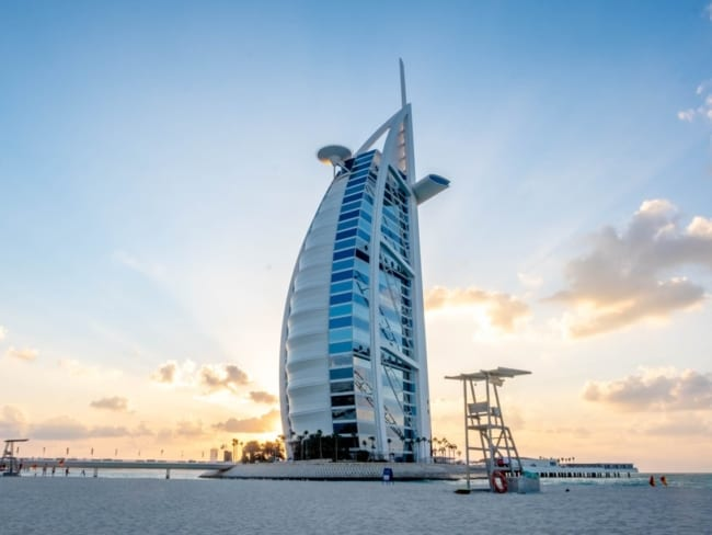 Projetos arquitetônicos famosos burj al arab