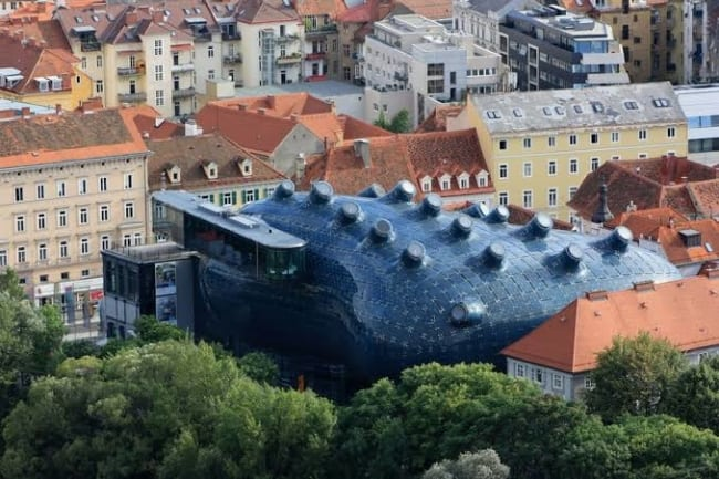 Projetos arquitetônicos famosos kunsthaus graz