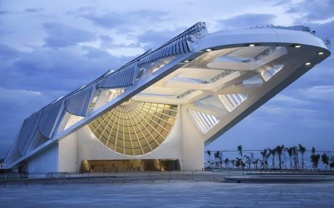 Projetos arquitetônicos famosos museu do amanha