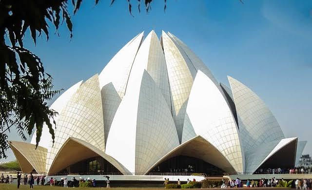 Projetos arquitetônicos famosos templo de lotus